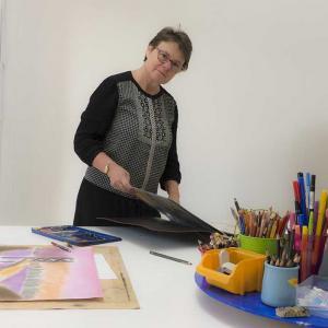 Jeanne dans l'atelier