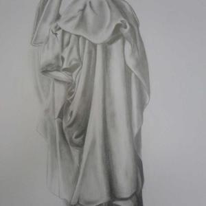 Étude de drapé, dessin au crayon de Claire
